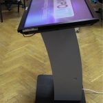 Touchscreen 40 inch cu suport (2)